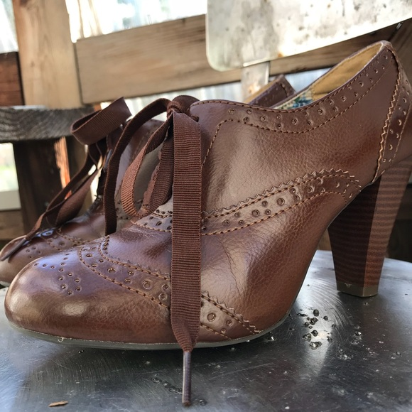 cb99e46faab1 American Eagle By Payless Shoes - American Eagle Vintage Style Lace Up Heels